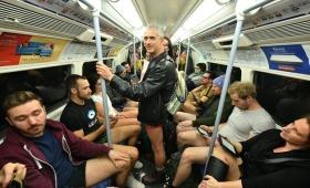 超级火辣的伦敦地铁无裤日