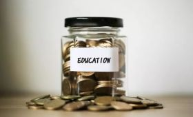 去英国留学怎么交学费,住宿费?最轻松的在线缴费方式你还不知道?