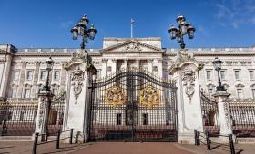"""白金汉宫正式开放参观!作为英国王室的""""门面担当"""",这些秘密你都知道吗?"""