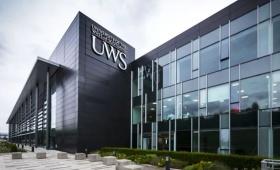 英国大学之西苏格兰大学 | 性价比超高的世界前3%精英学校长这样