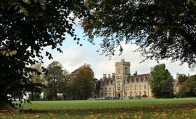 英国大学之皇家农业大学 英国皇家一手带大的学校值得你关注