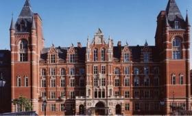 英国大学之皇家音乐学院与皇家艺术学院   是蝉联世界第一的顶流艺术与音乐学院啊